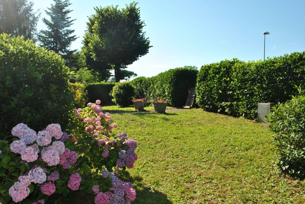 B&B Villa Sunrise large garden