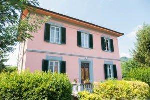 Benvenuti al B&B Villa Sunrise Lucca